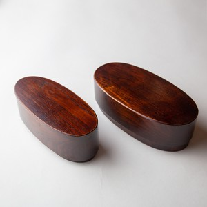 Rubbing lacquer Oval Nesting Bento lunch box of hollowed-out Zelkova