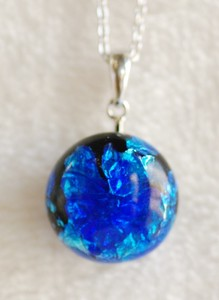 Original Color Firefly Glass Necklace Round 2mm