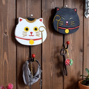 """2020 New Item"" Hook Beckoning cat"