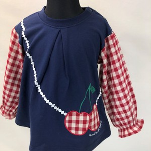 A/W Switch Cherry Applique Attached T-shirt