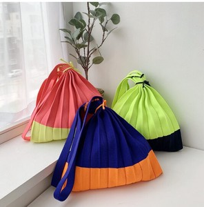"""2020 New Item"" Neon Color Scheme Knitted Pleats Bag Size M"