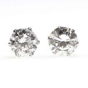 Diamond Pierced Earring