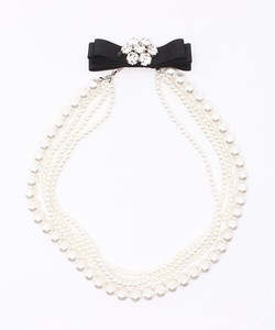 Behind Ribbon Bijou Motif Pearl Necklace