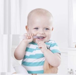 ラディウス ピュア子ども歯ブラシ(生後6〜18ヶ月)