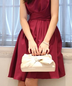 Bijou Ring Closure Big Ribbon Motif Clutch Bag