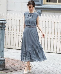 Deformation Pleats Matching Long Dress