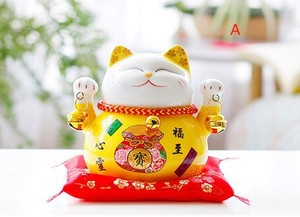 Lucky Cat Decoration Desk Accessory Creative Gift Good Luck Cat