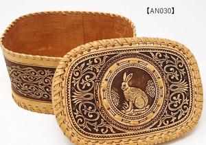 ベレスタ「うさぎ柄、縁かがり小物入れ」ロシア伝統工芸