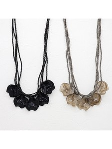 Resin Petal Necklace Color SP