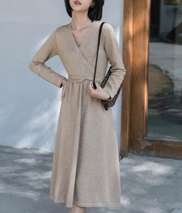 One-piece Dress V-neck Long Sleeve Knitted One-piece Dress