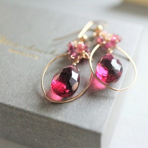 Natural stone Pink Quartz Pierced Earring