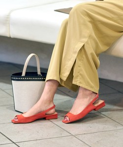 20 SO Square Bag Band Sandal