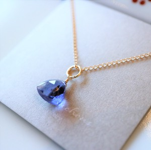 Natural stone Night Blue Quartz Necklace