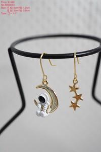 【earrings】cosmosモチーフピアス ムーン&スター