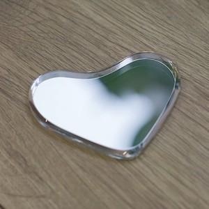 SAINT−GOBAIN 可愛いハート型の次世代鏡