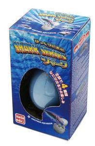 びっくりたまご シャーク  水につけておくだけで生まれて大きくなるおもちゃ