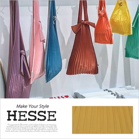 07d8bfd552f4 Square Pleats Bag