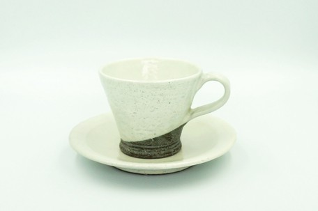 Kohiki Kakewake Cup Saucer | Export Japanese products to the
